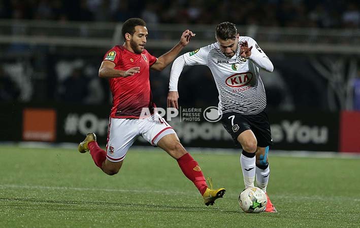 ES Setifienne player Akram djahnit (R) and Al Ahly player Hesham Mohamed (L) fight for the ballduringthe African champions league Cup soccer match betweenES Setifienneof Algeria and al ahly egypte the8 May 1945Stadium, Setif 23 Octobre 2018.